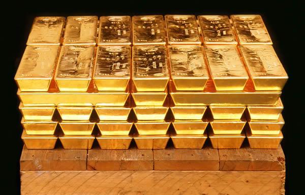 Giá vàng hôm nay ngày 18/1: Sụt giảm mạnh ngay khi mở cửa, khởi đầu cho làn sóng bán tháo mạnh hơn?