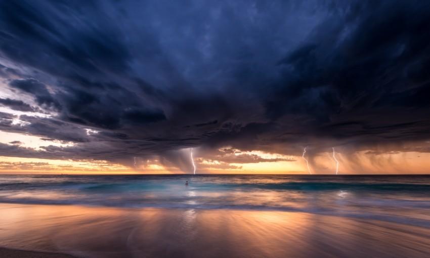 Liệu phản ứng của thị trường tiền tệ hiện nay có phải là dấu hiệu cho cơn bão sắp tới?